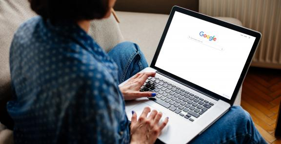 Consumer and Privacy Groups Urge Google to Post a Link to Its Privacy Policy from Its Home Page